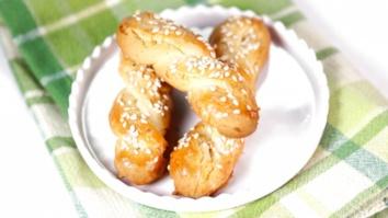 Mom\'s Greek Cookies: Part 1