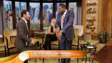 """Michael Strahan Talks About His Career and Time on """"LIVE with Kelly and Michael"""""""