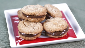 Peanut Butter Cookies with Chocolate-Hazelnut Spread: Part 1 Clip