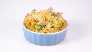 Broccoli & Cheddar Mac & Cheese