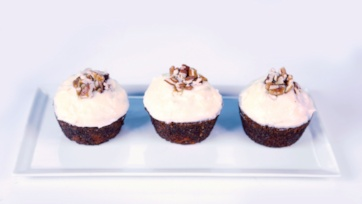 Carrot Cake Cupcakes with Ginger Cream Cheese Frosting
