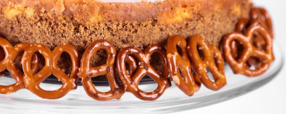 Clinton Kelly\'s Chocolate-Covered Caramel Pretzel Cheesecake