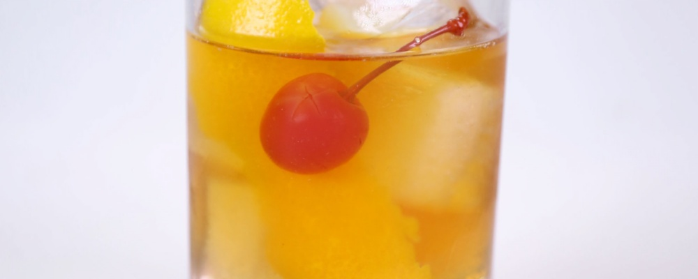 Clinton Kelly\'s Old Fashioned Cocktail