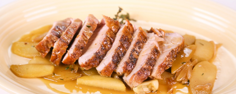 Clinton Kelly's Roasted Pork Tenderloin with Apples Recipe by Clinton ...