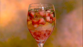 Clinton Kelly\'s Strawberry Basil Spritzer