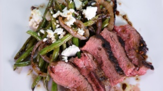 Curtis Stone\'s Grilled Tri-Tip with Green Bean and Red Onion