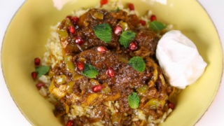 Daphne Oz\'s Chicken and Pomegranate Stew