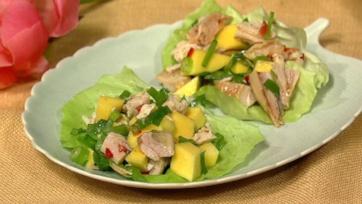 Daphne Oz\'s Thai Chopped Chicken Salad