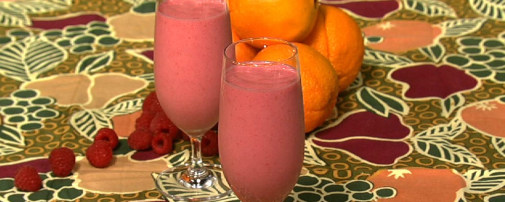 Double Duty Raspberry Banana Smoothie