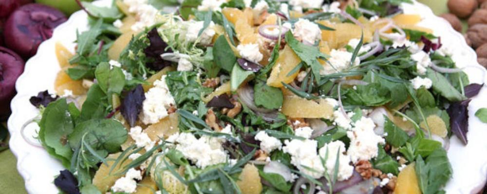 Emeril\'s Orange, Walnut, and Goat Cheese Salad
