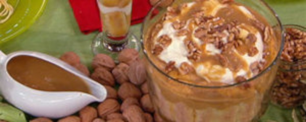 Emeril\'s Pumpkin Trifle with Walnuts and Butterscotch Sauce