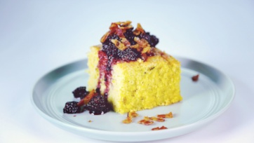 Fresh Grilled Cornbread with Bacon-Blackberry Compote