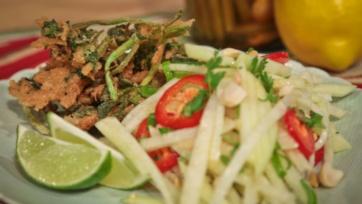 Green Papaya Salad with Deep Fried Watercress