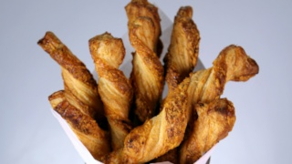 Hot and Spicy Cheese Twists