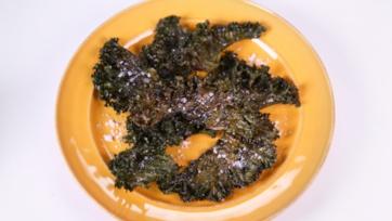 Ina Garten\'s Crispy Roasted Kale