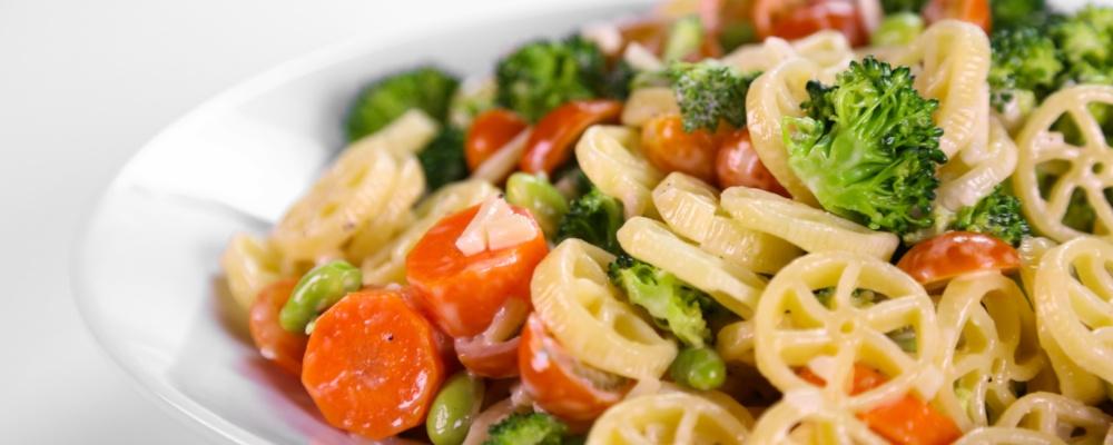 Jamie Deen\'s Loaded Veggie Pasta Salad