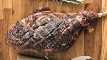 Leg of Lamb with Roasted Potatoes