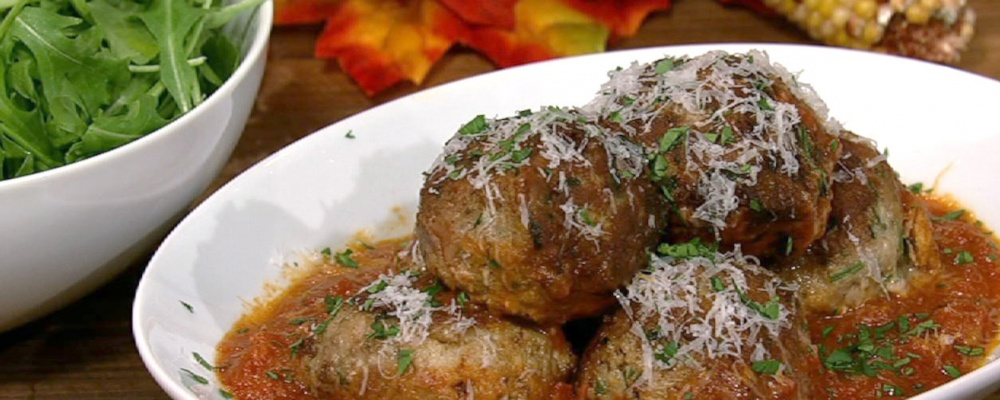 Mario Batali's Big Turkey Meatballs - Polpette Di Tacchino Recipe by ...