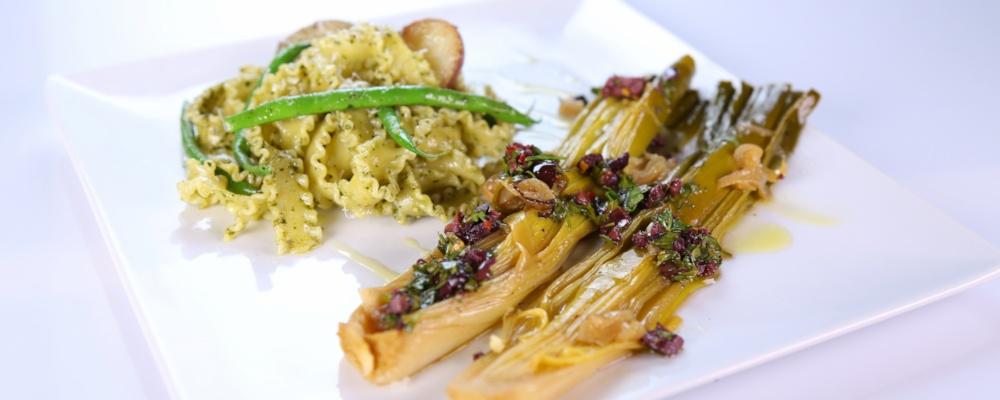 Mario Batali\'s Braised Leeks with Olive Vinaigrette