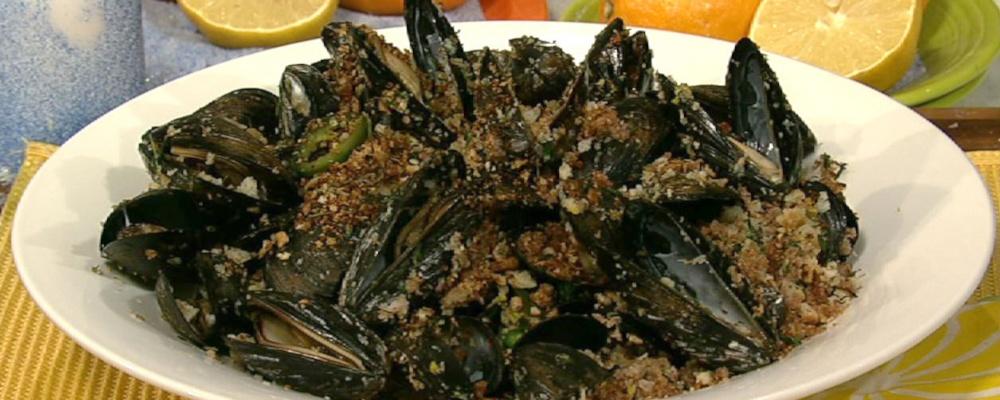 Mario Batali\'s Mussels alla Piastra