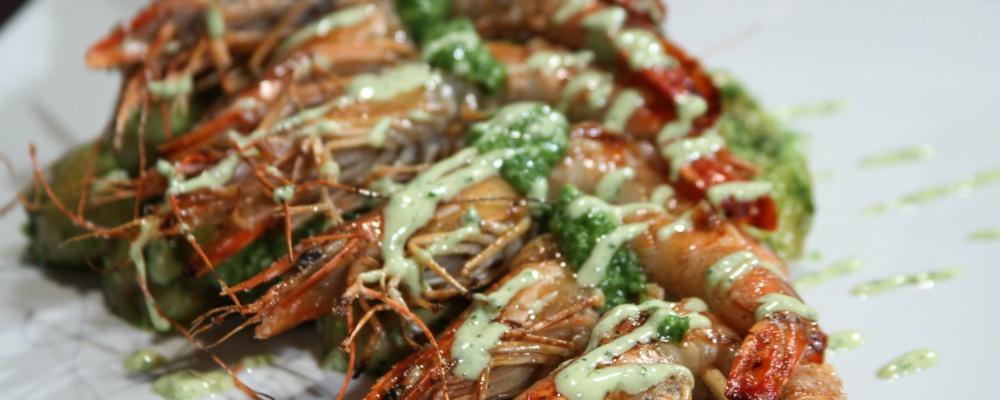 Mario Batali\'s Shrimp Spiedini
