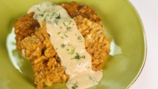 Michael Symon\'s Chicken Fried Steak