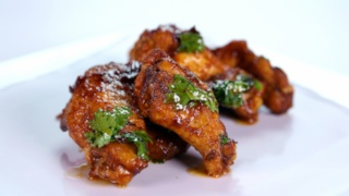 Michael Symon\'s Chipotle Chicken Wings