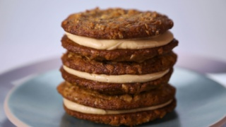 Michael Symon\'s Creamy Peanut Butter Cookies