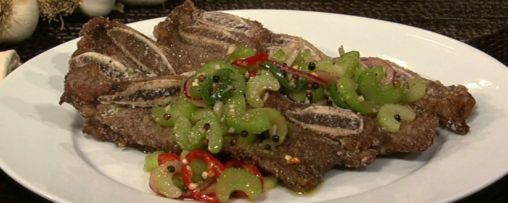Michael Symon\'s Midwestern Short Ribs