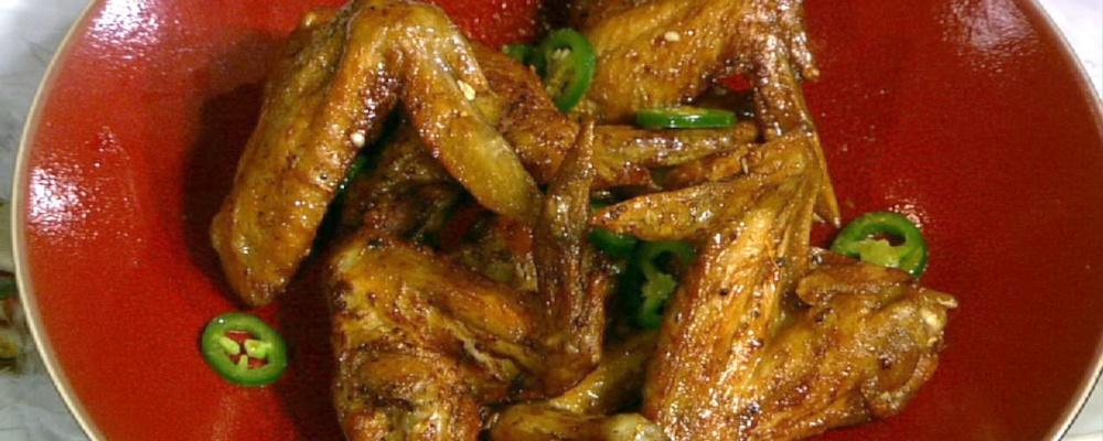 Michael Symon\'s Orange Jalapeno Glazed Chicken Wings