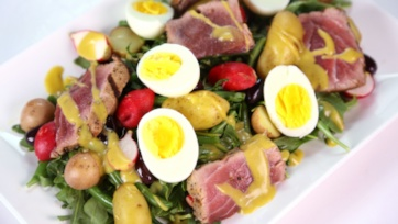 Michael Symon\'s Tuna Nicoise Salad