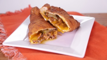 Mini Cheesy Club Calzones