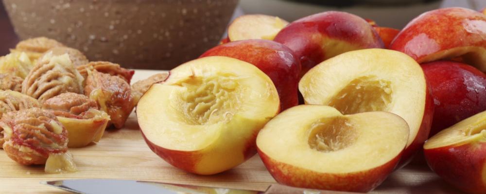 Peaches in Primitivo