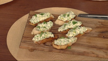 Ricotta, Pea, and Mint Bruschetta
