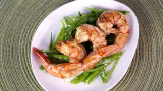 Shrimp with Grilled Lemon and Mint