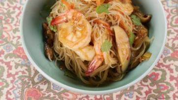 Singapore Noodles with Shrimp & Shiitake Mushrooms