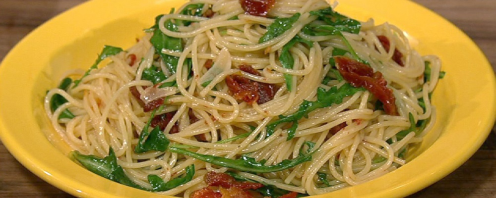 ... garlic and dried chile recipes dishmaps spaghettini with garlic and