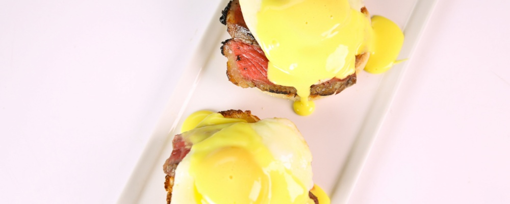 Brochetas Brasilenas Con Chimichurri 196021 additionally Spicy Pork Bok Choy moreover Steak Eggs Benedict Clinton Kelly also Music City Steak With Grilled Green Beans Carla Hall as well Steak Oscar Crab And Shrimp On Steak With. on oscar sauce for steak recipe