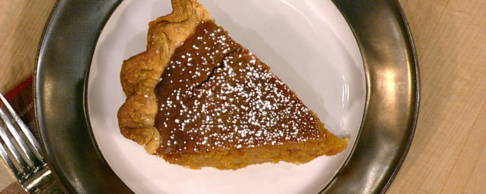 Tasha Smith\'s Eggnog Sweet Potato Pie