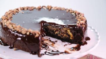 Thanksgiving Chocolate Pecan Piecake