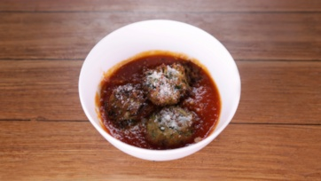 "Zucchini-Ricotta ""Meatballs"""