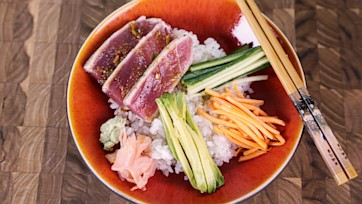 Seared Tuna Rice Bowl