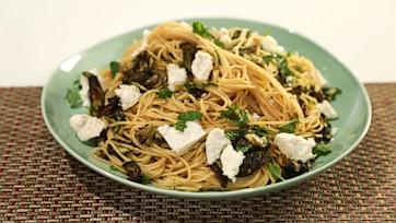 Spaghettini with Spicy Fried Zucchini