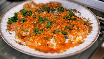 Mantu with Tomato-Chana Dal Sauce