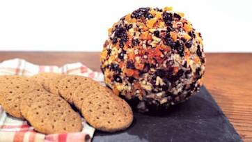 Autumnal Cheese Ball