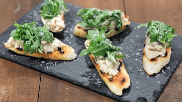 White Bean Crostini with Arugula