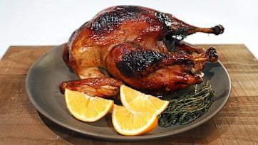 """""""Old Fashioned"""" Roast Turkey"""