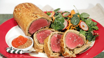 Country Beef Wellington with Baby Spinach Salad