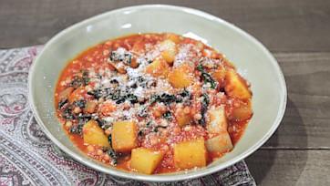 Fregola in Tomato Sauce