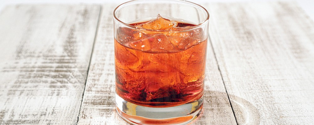 Classic Negroni Recipe by Michael Symon - The Chew